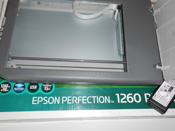 Scanner Epson Perfection 1260 Photo + scanner pellicole Epson EU-52