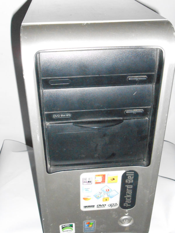 PC Desktop Packard Dell modello UTOW-QUA